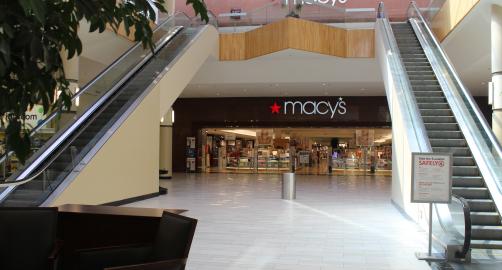 Holyoke Mall at Ingleside   Holyoke, MA - visitorfun.com