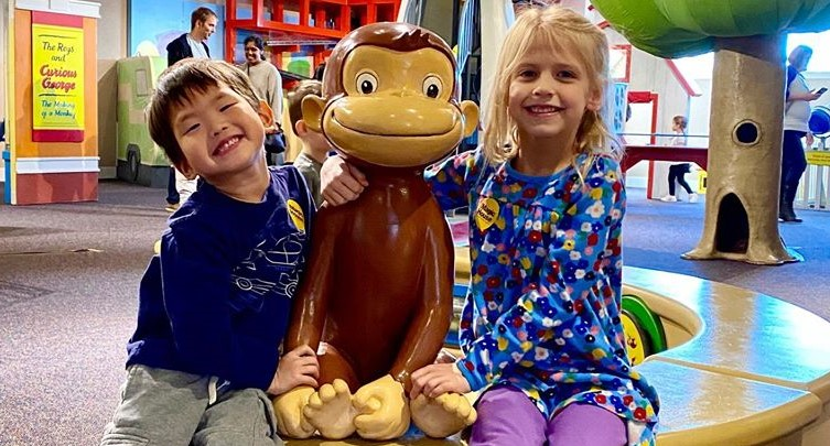 Curious George: Let's Get Curious!