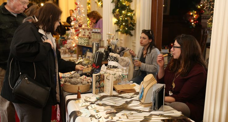 Blithewold's Winter Marketplace